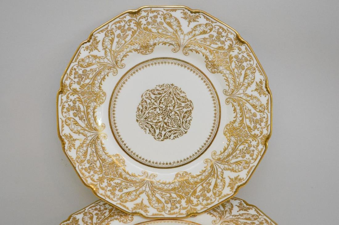 12 Royal Doulton dinner plates with heavy decorated - 3