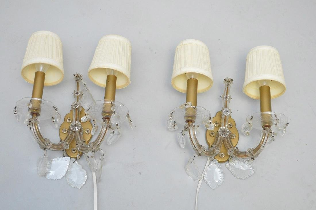"""Chandelier with crystal prisms (27""""h x 26""""w) and 6 - 4"""