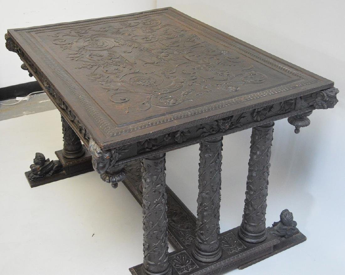 19th Century Italian elaborately carved walnut - 4