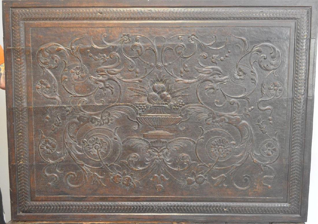 19th Century Italian elaborately carved walnut - 9