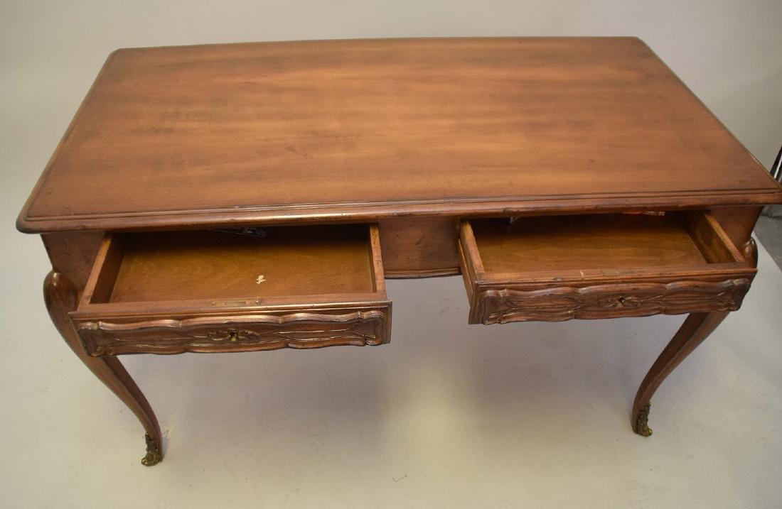 French Walnut Bureau Plat / Ladies Desk 20th Century, - 3