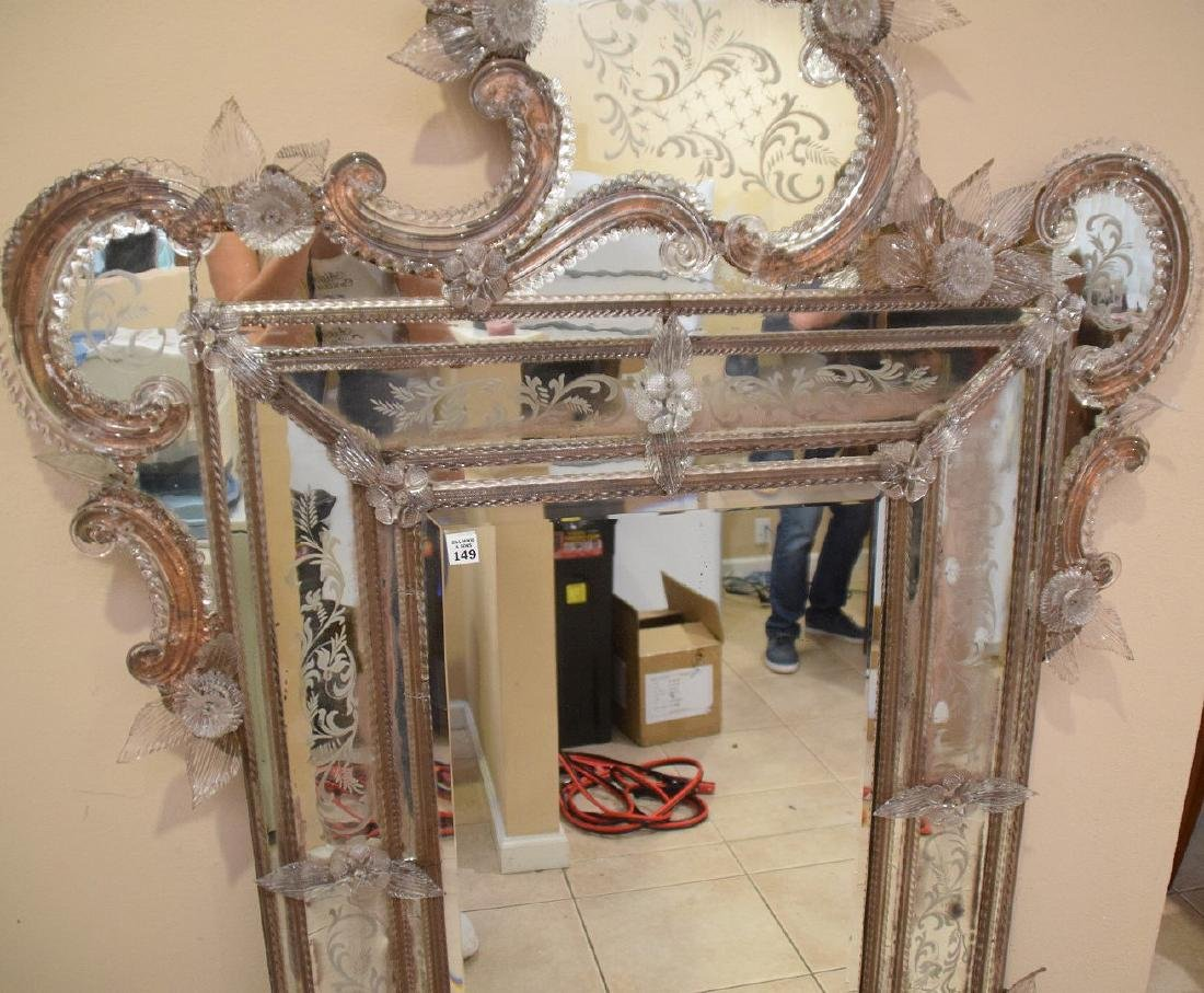 Rare Venetian mirror etched and engraved with numerous - 4