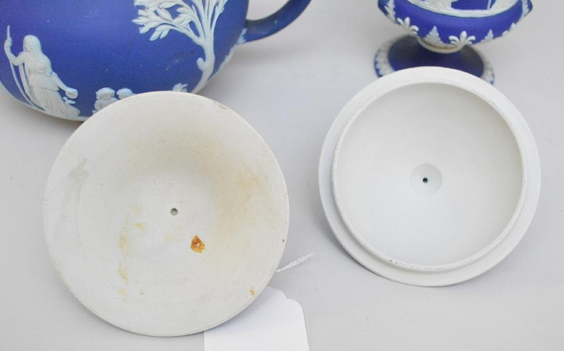 3 pieces of Porcelain; 1 Royal Vienna compote with - 15