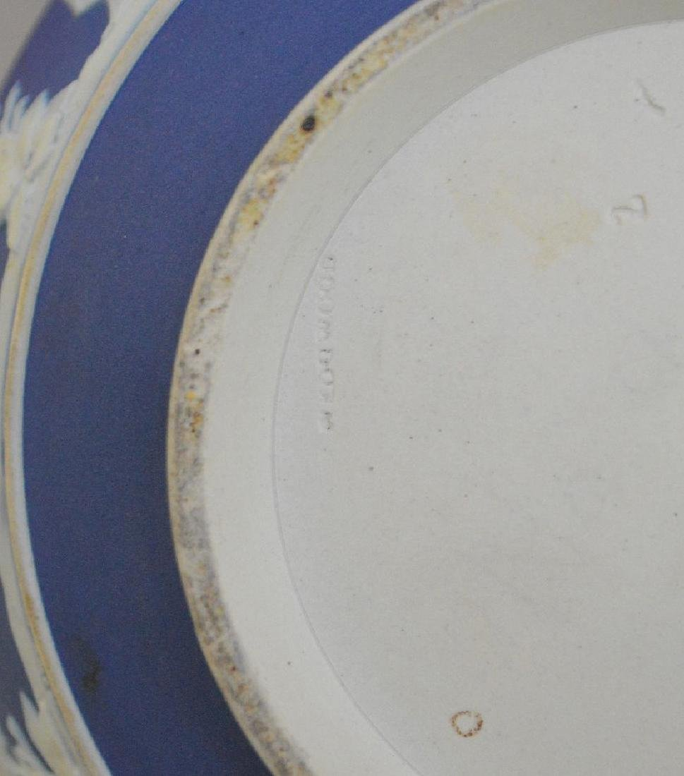 3 pieces of Porcelain; 1 Royal Vienna compote with - 17
