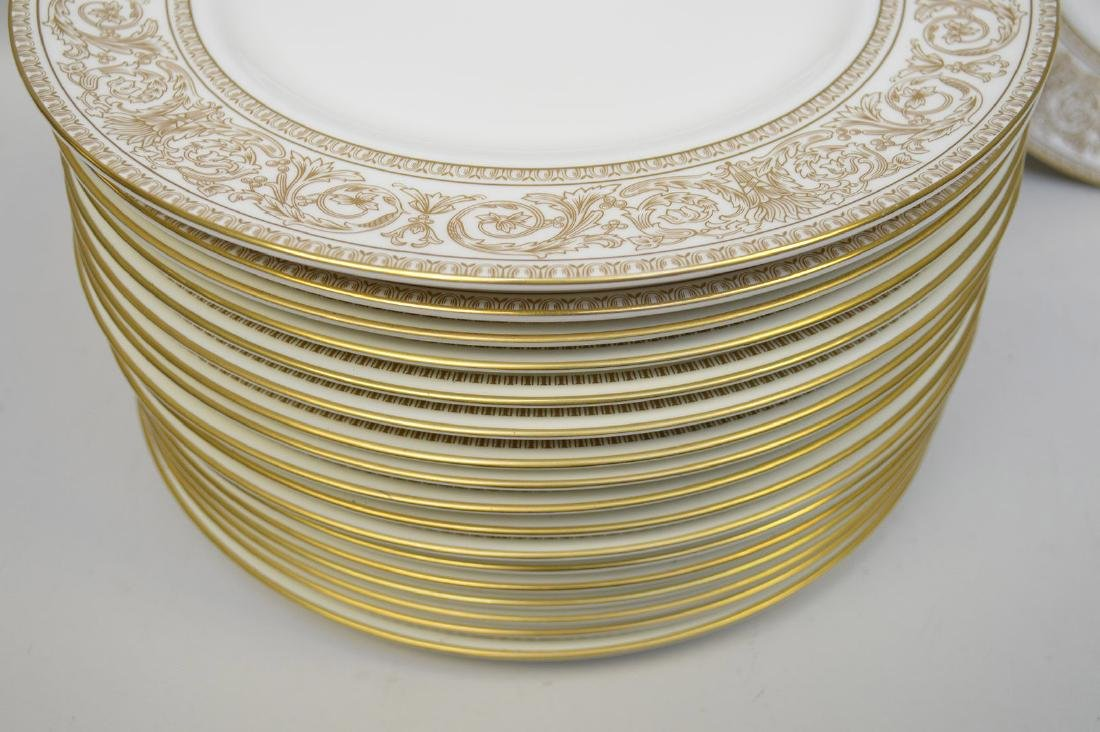 18 dinner plates; 15 Micasa, 3 Royal Doulton, gold and - 3