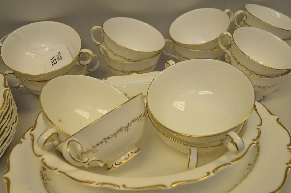 Approximately 56 pieces, Royal Doulton chinaware with - 3