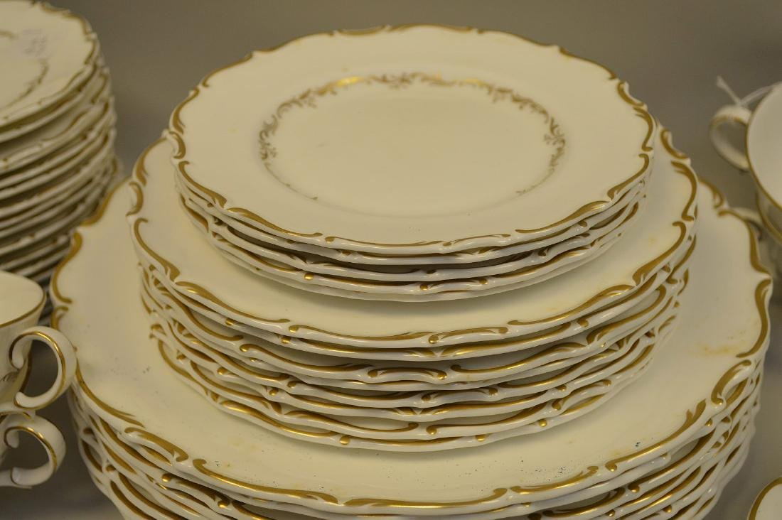 Approximately 56 pieces, Royal Doulton chinaware with - 4