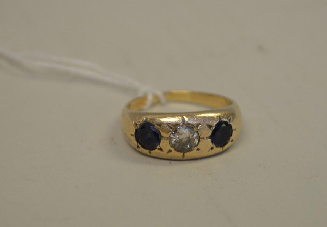 Ring, 14kt yellow gold with sapphire and diamonds - 2