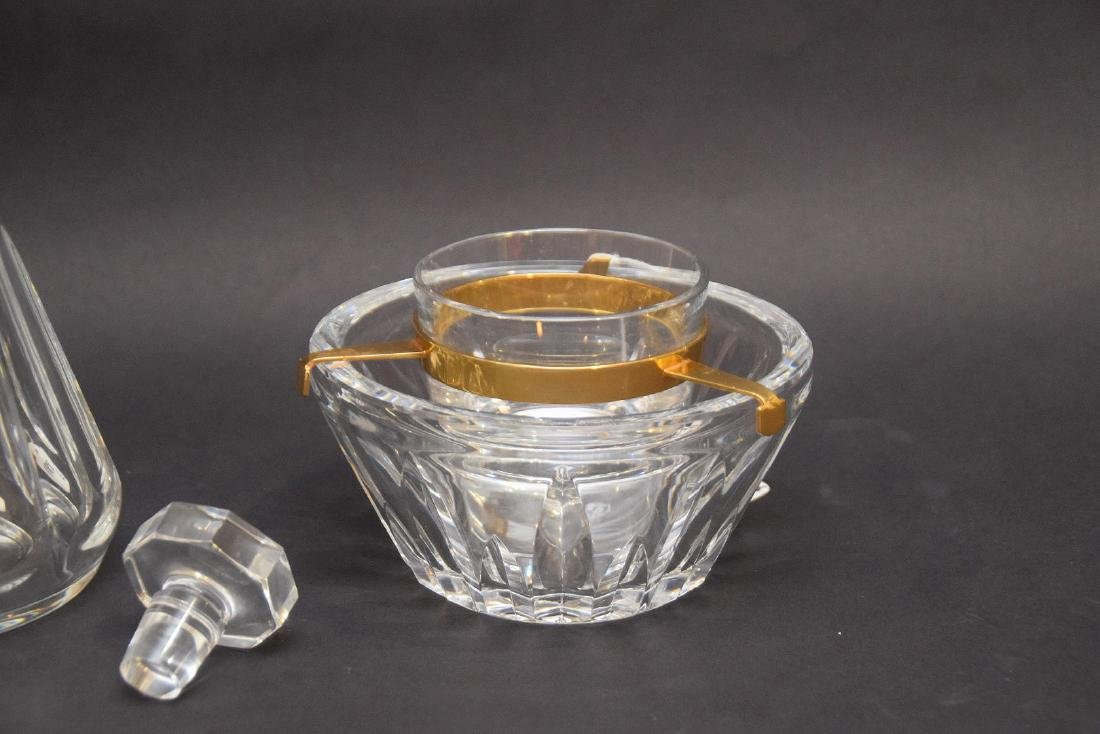 TWO BACCARAT ARTICLES.  1 DECANTER. Condition: good - 3