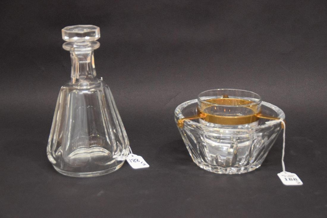 TWO BACCARAT ARTICLES.  1 DECANTER. Condition: good - 5