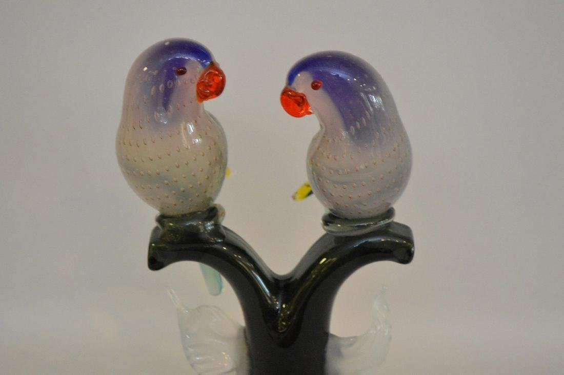MURANO LOVE BIRDS SCULPTURE. Signed on the bottom. - 2