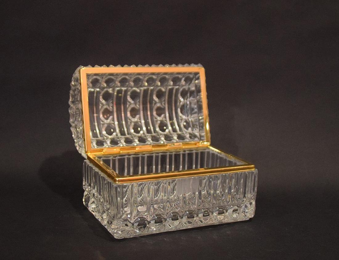 CRYSTAL & GLASS BOX with hinged top.  Condition: good - 3