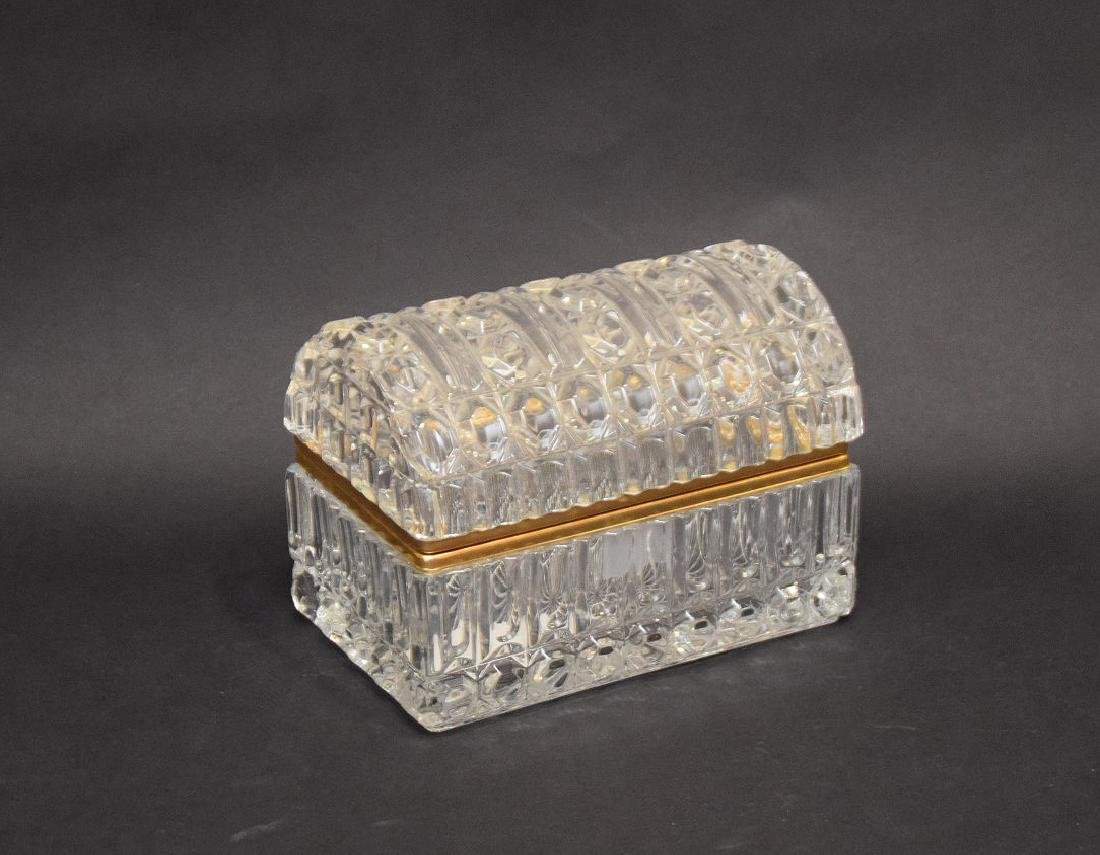 CRYSTAL & GLASS BOX with hinged top.  Condition: good - 5