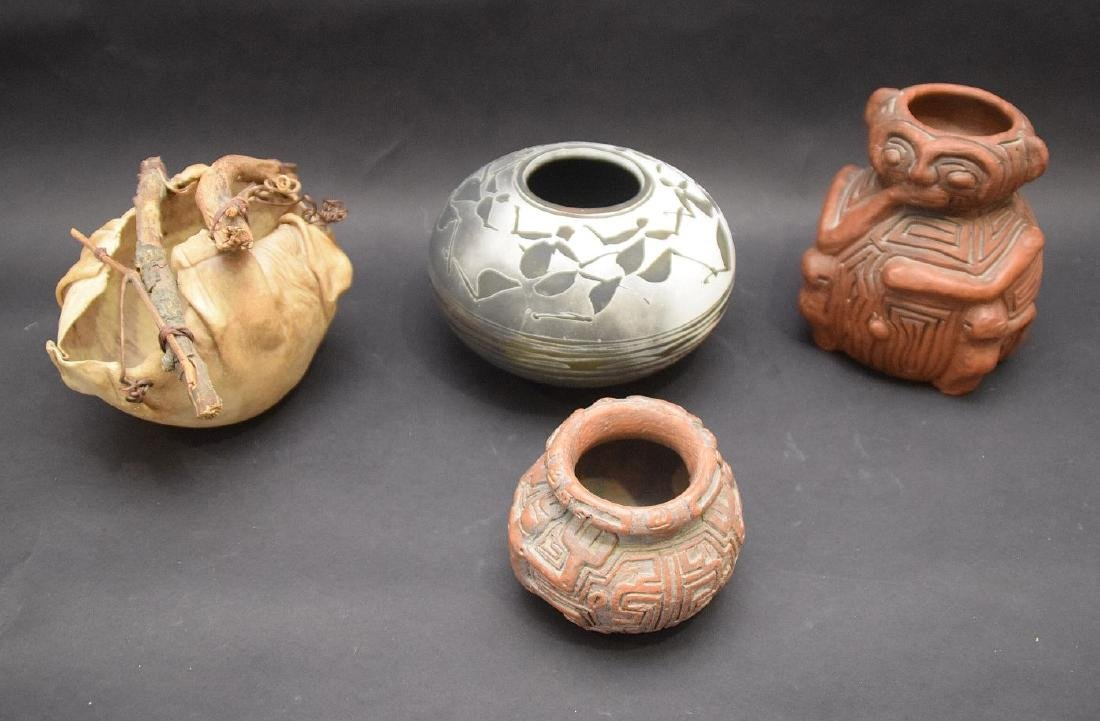 4 South west style vases, 2 (Pedras Marajo Brasil)