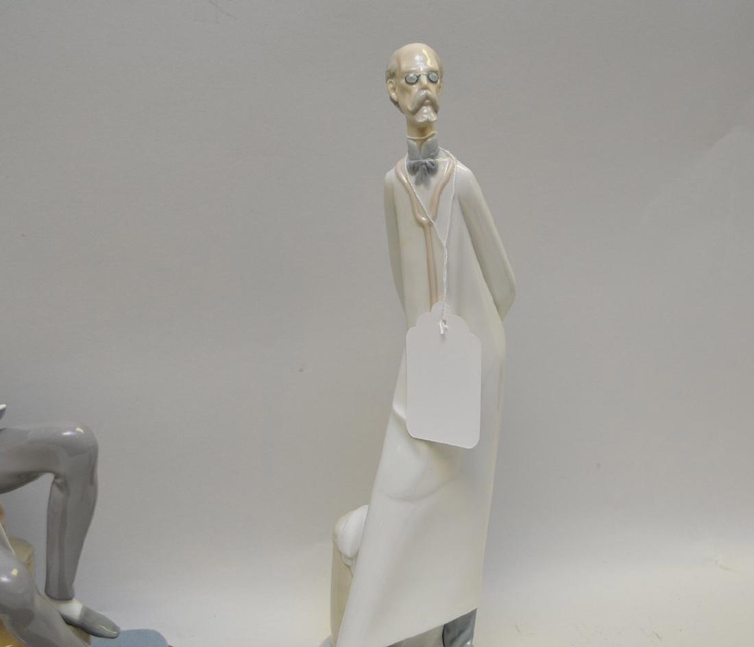 Lot of FOUR Lladro Spain Porcelain Sculptures: (1) - 4