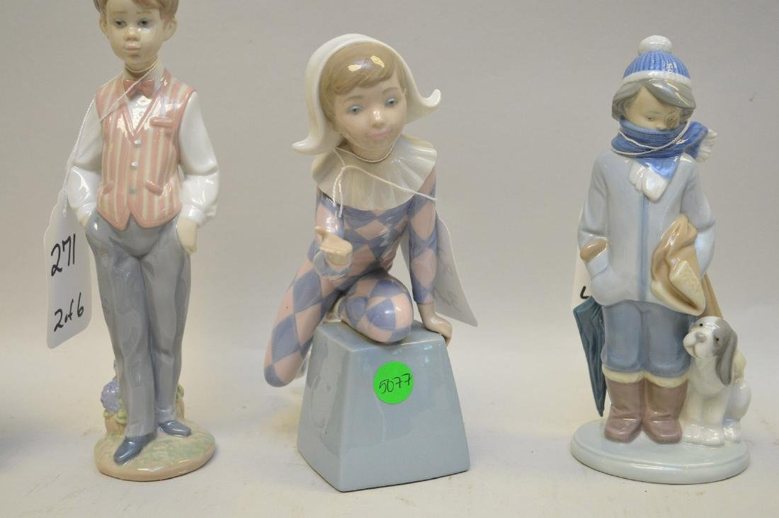 Lot of SIX Lladro Spain Porcelain Sculptures: (1) #4876; - 5