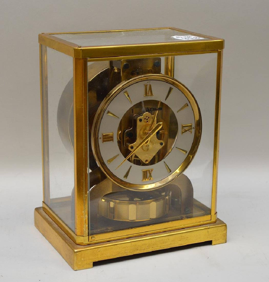 Le Coultre Atmos clock, original box (glass on top is