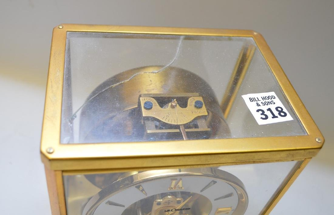 Le Coultre Atmos clock, original box (glass on top is - 3