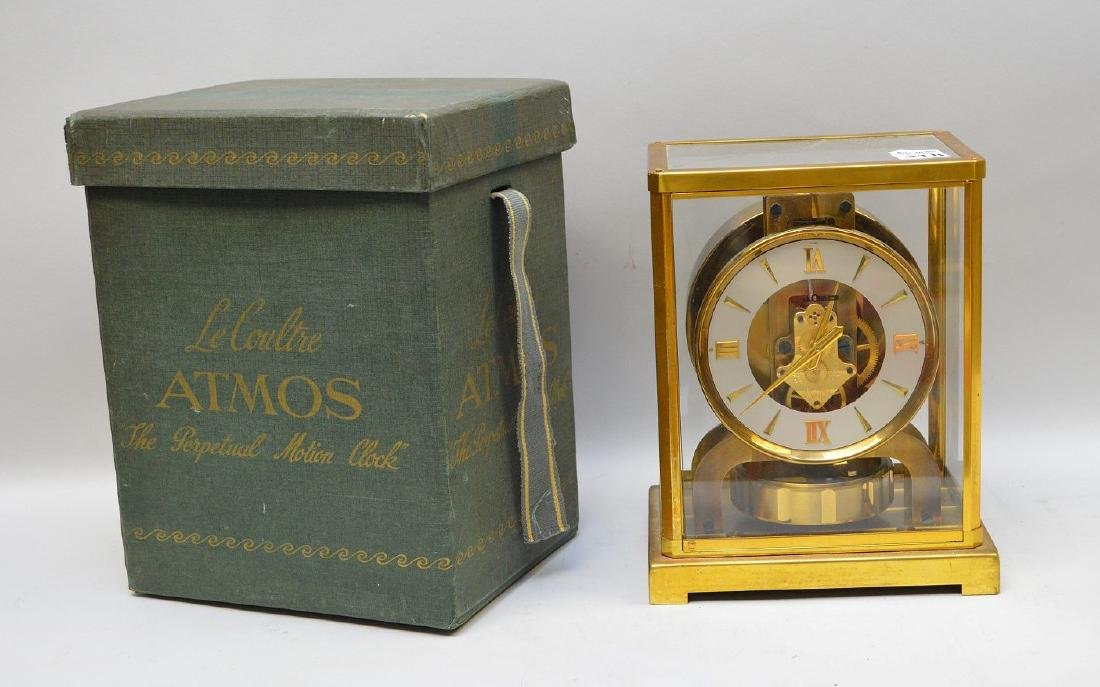 Le Coultre Atmos clock, original box (glass on top is - 6
