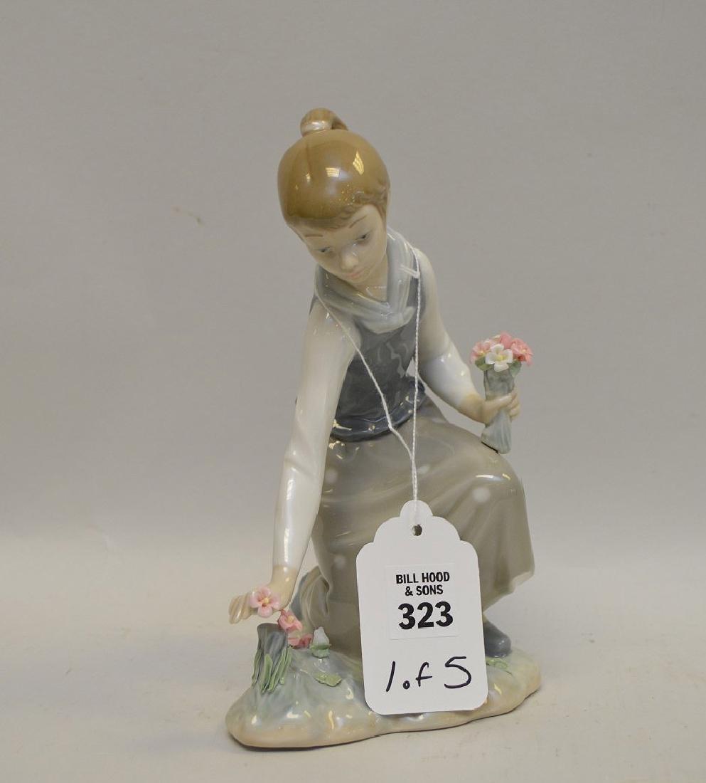 Lot of FIVE Lladro Spain Porcelain Sculptures: (1)#1127;