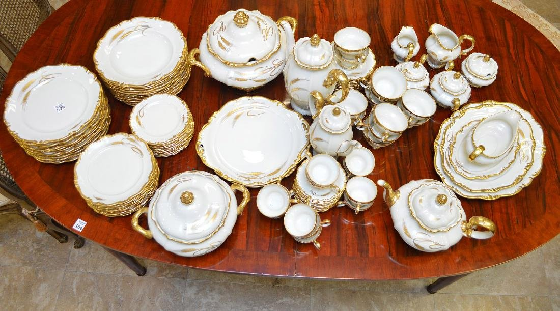 """Rosenthal china service, incl; 12 dinner plates (10""""),"""