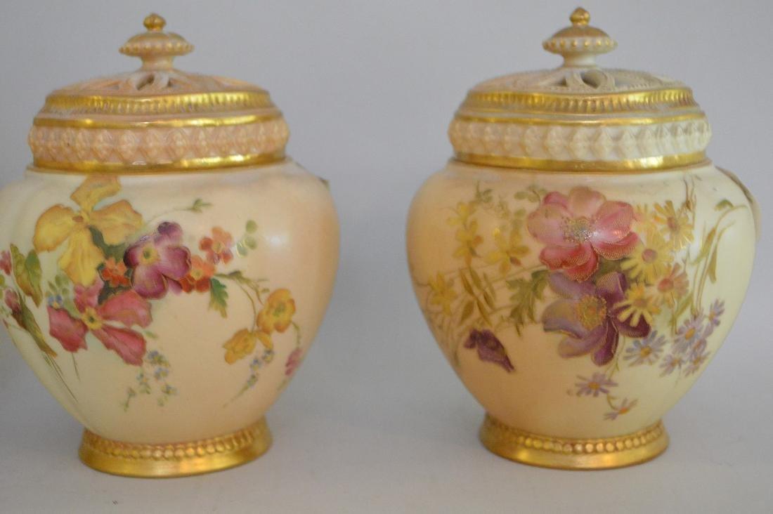 3 pieces of Royal Worcester pot potpourri jars, all - 3