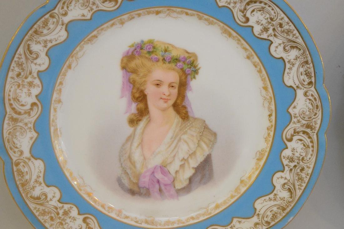 3 portrait plates; pair of French Royal chateau des - 3