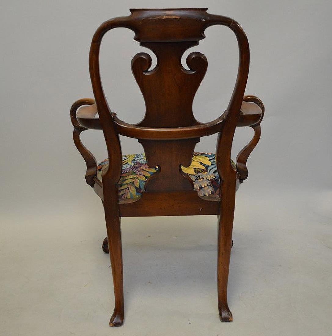 Mahogany arm chair with curving arm rests ending with - 5