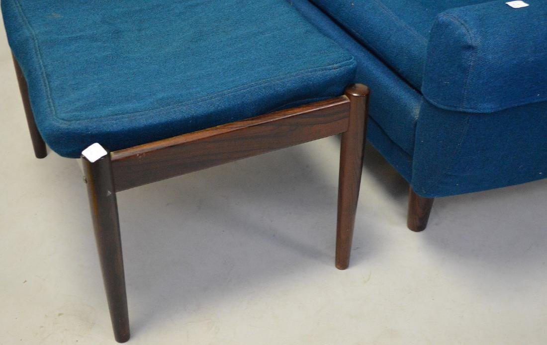 Mid century chair and ottoman, Made in Denmark, royal - 3