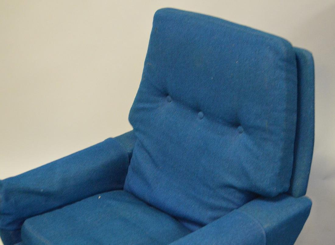 Mid century chair and ottoman, Made in Denmark, royal - 4