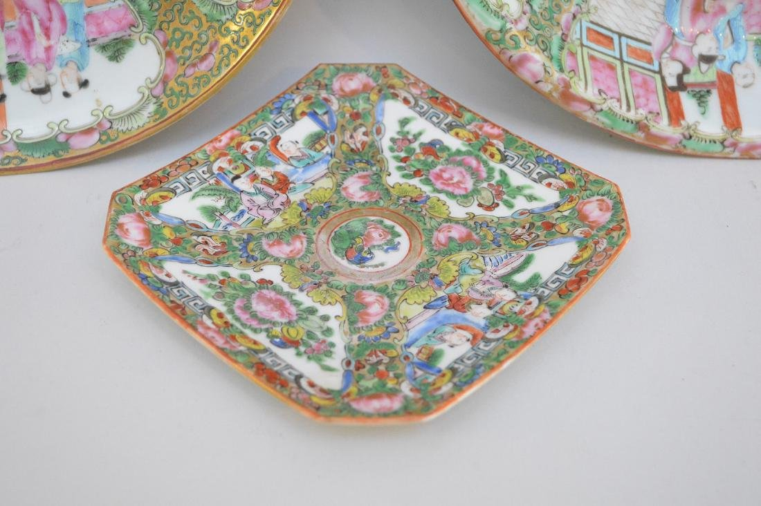 THREE CHINESE ROSE MEDALLION PORCELAIN ARTICLES - - 4