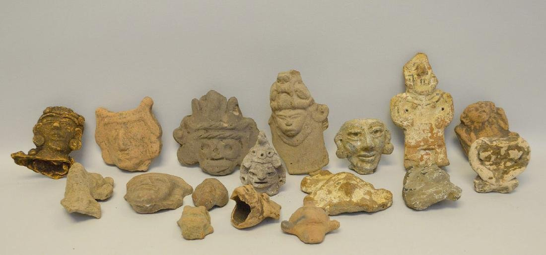 COLLECTION OF 17 PRE-COLUMBIAN EFFIGY ARTIFACTS - Each