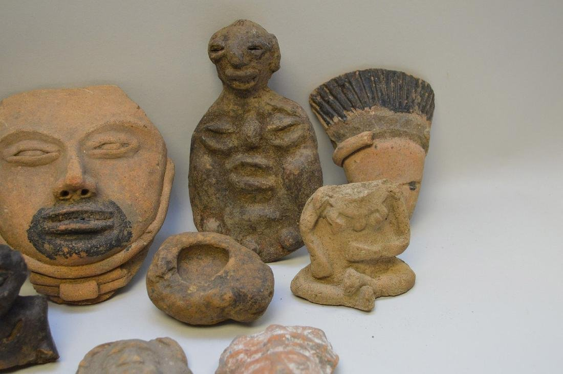 COLLECTION OF 29 PRE-COLUMBIAN EFFIGY ARTIFACTS - Each - 4