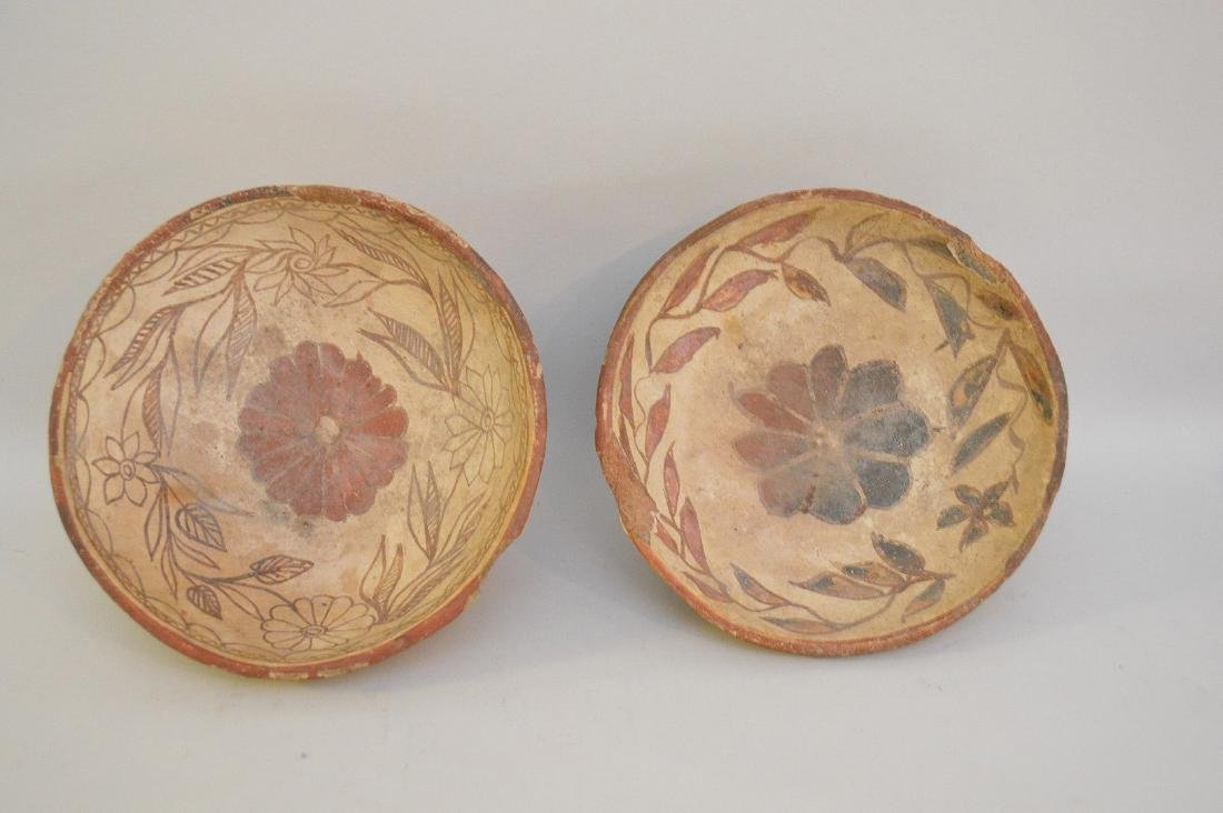 TWO PRE-COLUMBIAN TRIPOD BOWLS WITH FLORAL DECORATION - - 3