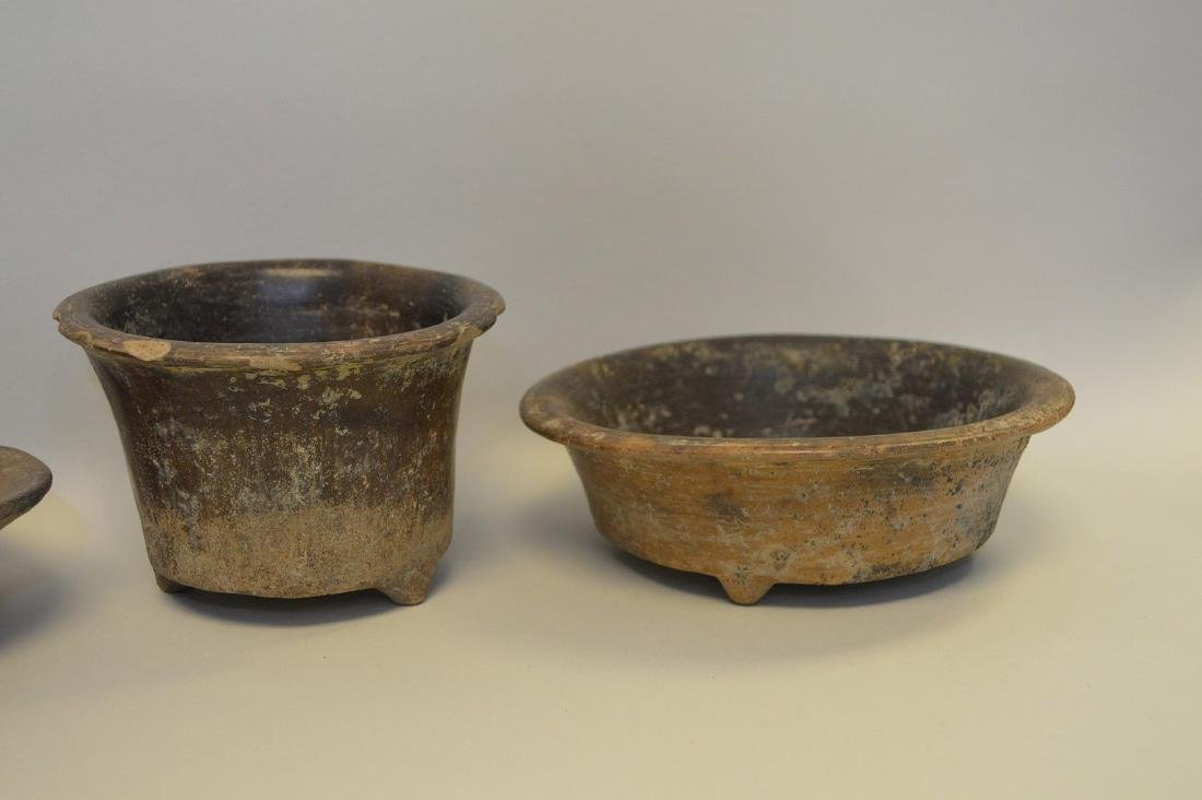 FIVE PRE-COLUMBIAN TEOTIHUACAN POTTERY VESSELS - Brown - 2