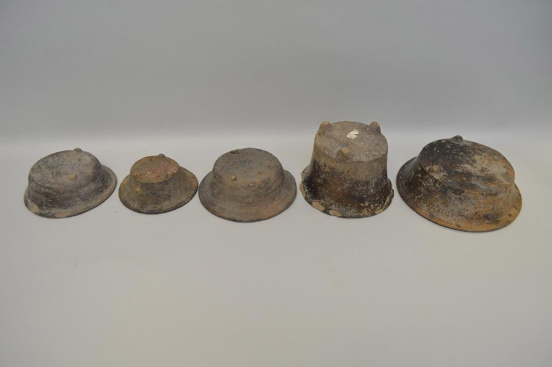 FIVE PRE-COLUMBIAN TEOTIHUACAN POTTERY VESSELS - Brown - 4