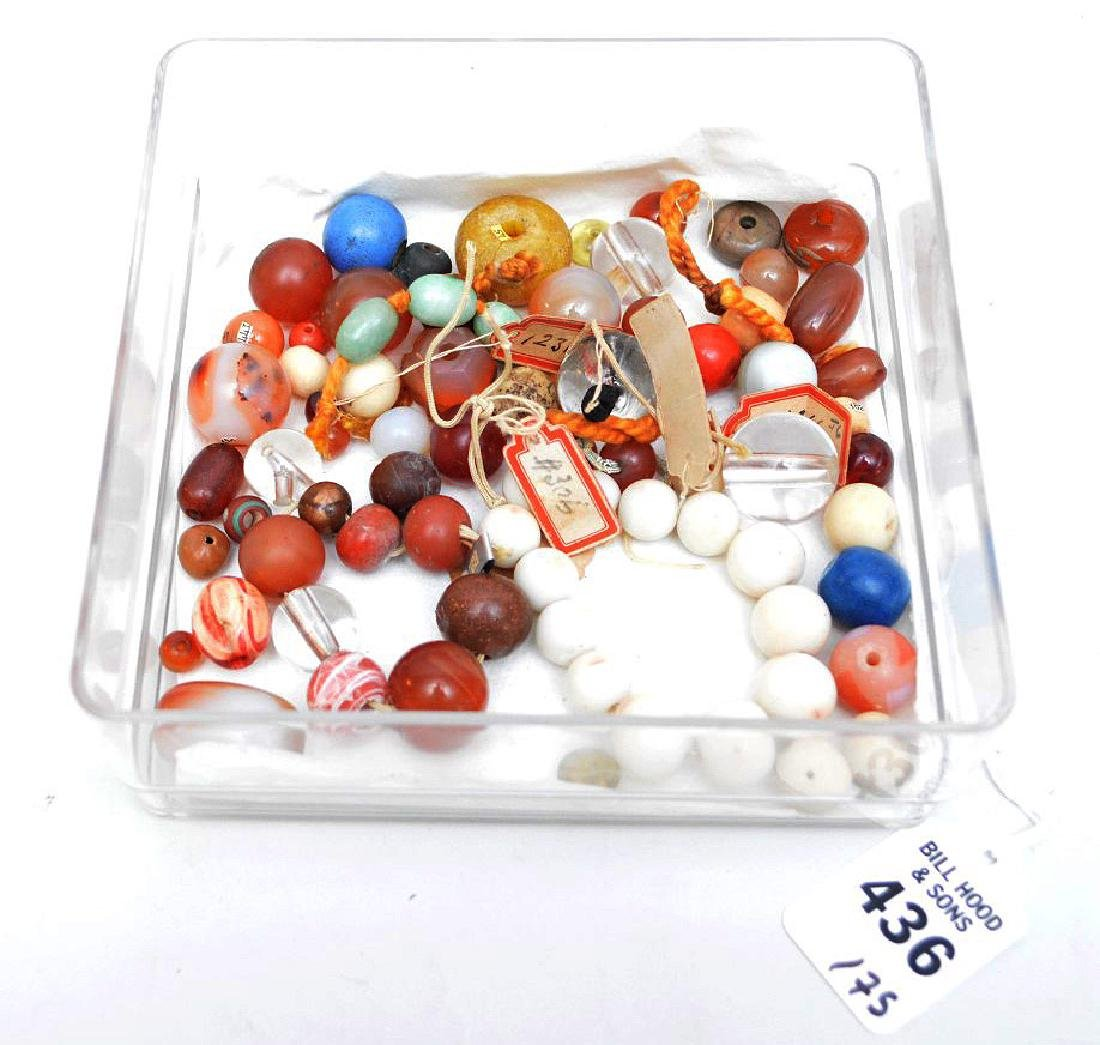 COLLECTION OF 75 ANTIQUE JAPANESE OJIME BEADS - Beads
