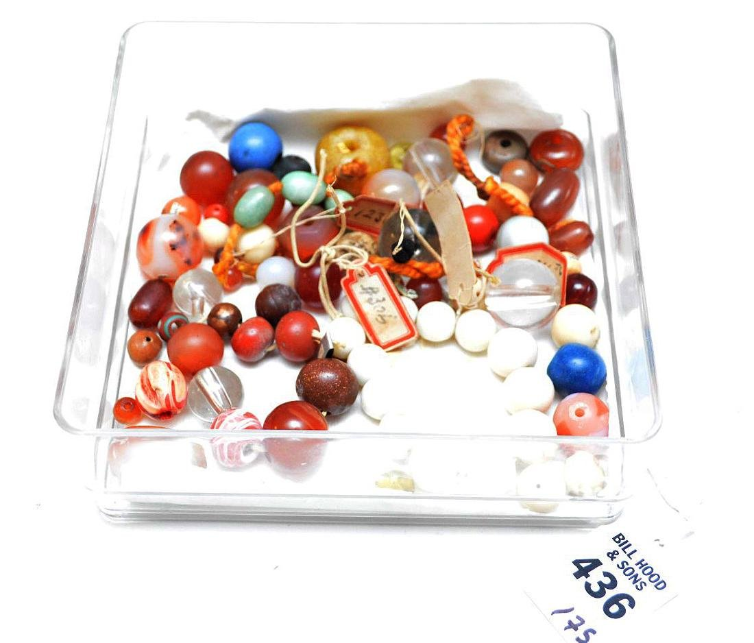 COLLECTION OF 75 ANTIQUE JAPANESE OJIME BEADS - Beads - 2