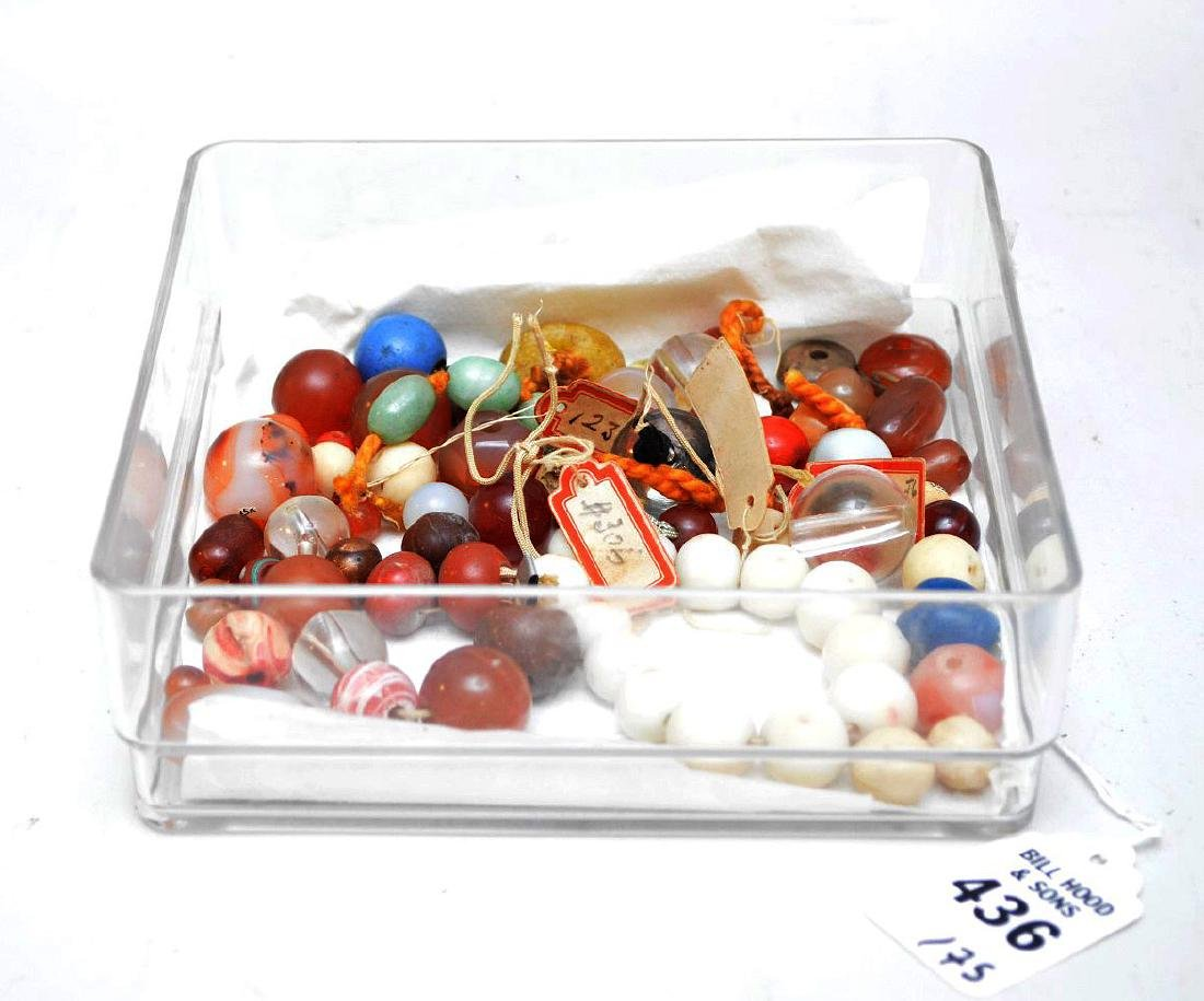COLLECTION OF 75 ANTIQUE JAPANESE OJIME BEADS - Beads - 3