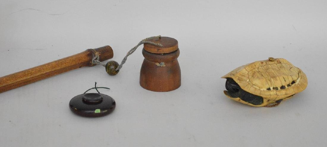 THREE EARLY JAPANESE CARVED INROS & WOOD NETSUKE - Lot - 2