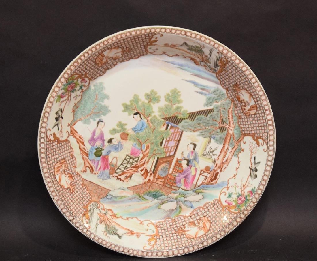 QING FAMILLE ROSE EXPORT CHARGER with hand painted