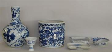 6 Pieces Chinese Blue  White Porcelain Articles