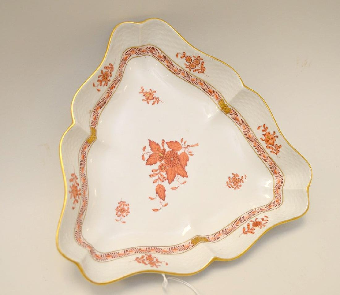 Herend Chinese Bouquet Rust Triangular Bowl. - 3