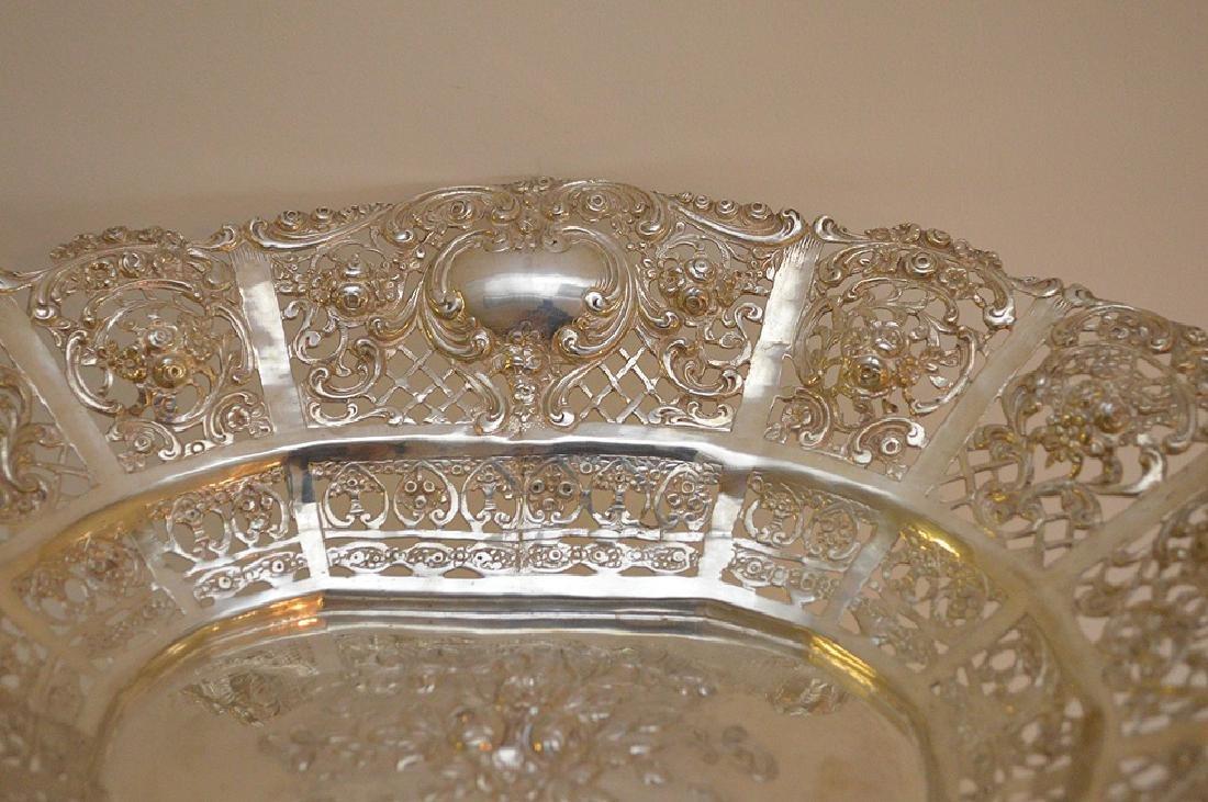Continental 800 Silver Pierced Center Bowl.  Condition: - 4