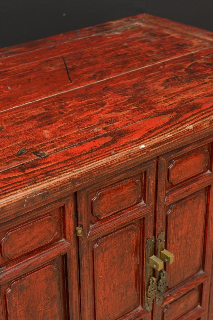 18th Century Antique Red Lacquered 2-Door Chinese - 10