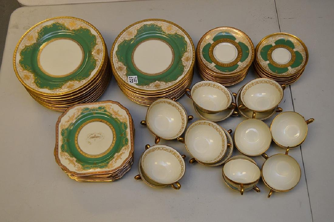 Set of Black Knight china service, incl; 11 dinner