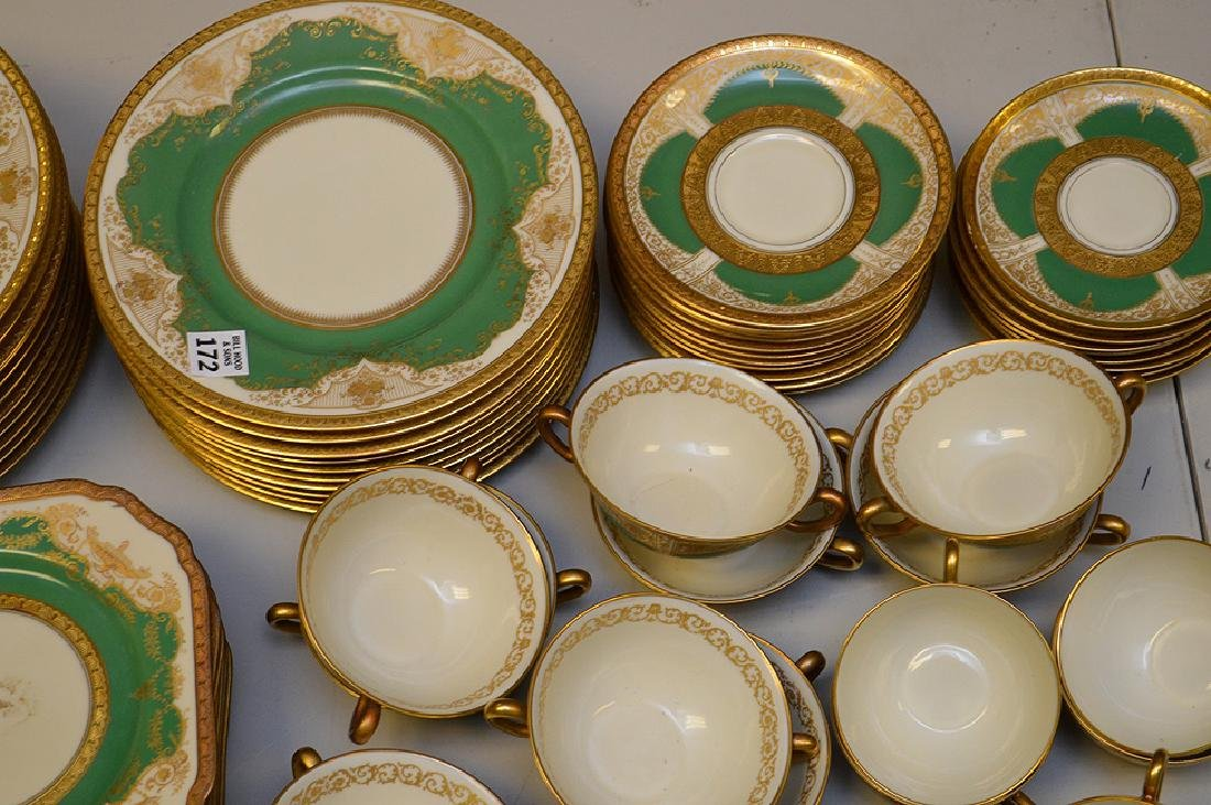 Set of Black Knight china service, incl; 11 dinner - 2