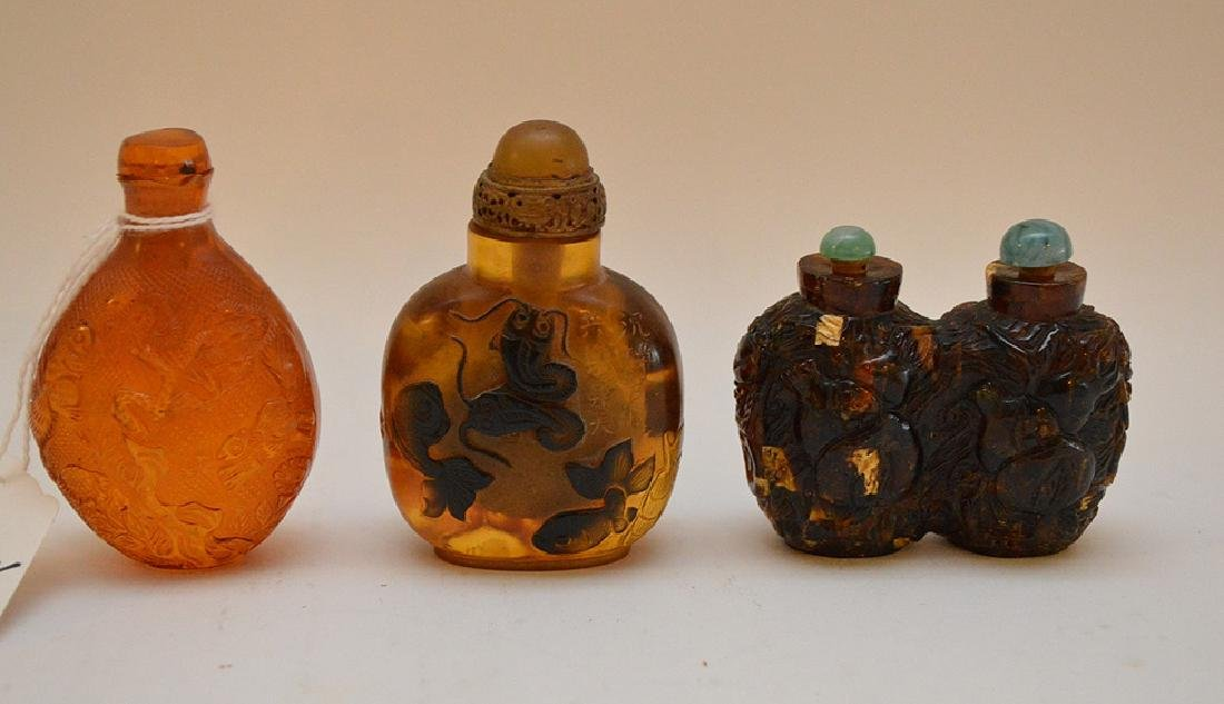 """3 plastic resin snuff bottle floral 2.25"""" x 3"""" normal"""