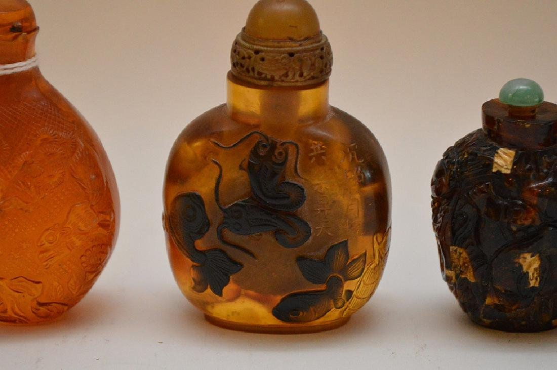 """3 plastic resin snuff bottle floral 2.25"""" x 3"""" normal - 3"""