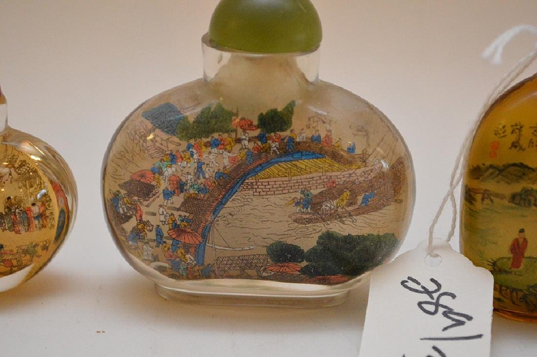 Lot of 3 Asian reverse painted glass snuff bottles, - 7